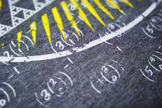 shirt_closeup_02